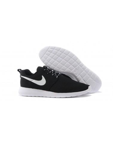 "NIKE Nike Roshe Run ""CLASSIC"" NEGRAS 35€"