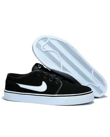 """Nike """"TOKI"""" NEGRAS BLANCA"""