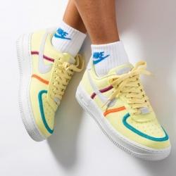 ✨NIKE AIR FORCE ONE LIFE✨  Nuevo diseño y estilo, para romper siempre con lo clásico.  Disponibles tres colores en web.  www.factoryshoes.es