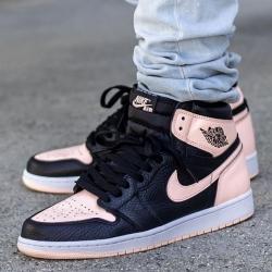 💥 MÁS MODELOS AIR JORDAN 1💥   Las Air Jordan 1 es una versión media superior de Michael Jordan. Disponibles en muchos colores para todos aquellos amantes de estas zapatillas.   ¡Aprovecha nuestros descuentos del Calendario de Adviento!  www.factoryshoes.es
